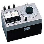 323511 Earth Ground Resistance Tester, 3 Pole, with Carrying Case - Product Image